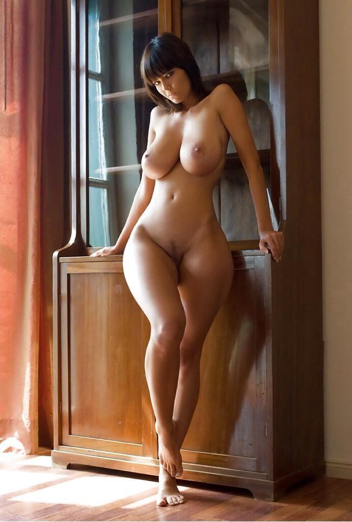 порно фото красивых фигуристых девушек
