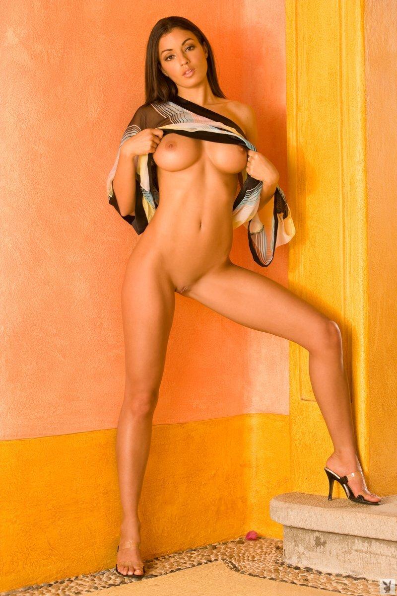 Le massage de la poitrine les moyens de son augmentation